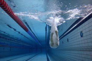 Budgetneutraal energieslurpende zwembaden opwaarderen